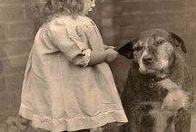 Vintage Dogs & Children Photo's