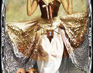 Tarot - 03 - Empress / by Magnolias West