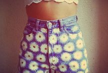 Shorts / High waisted shorts are a must-have for summer!