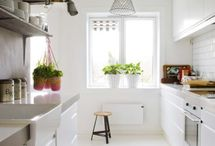 Kitchen / by Cassey Golden