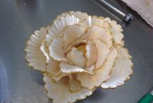 Our Sugar Flowers / Cake artist and pastry chef Alex Bois-Bonifacio's sugar flowers