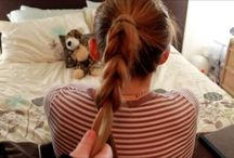 Hair/Coiffure