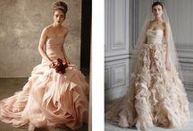 Mis obsesiones / Te presento mis obsesiones relacionadas con el mundo de las bodas desde el vestido de novia, el peinado hasta toques con inspiración.