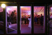 Real Weddings | High School Friends Marry In Ireland / Marin & Rob's West Coast Wedding took place at Trump International Golf Links & Hotel, Co. Clare  #westcoastweddingsireland