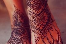 Henna Tattoo / All Natural temporary tattoos. Lasts about 2-3 weeks.