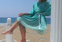 М_008Платье-туника бело-зеленая с бахромой