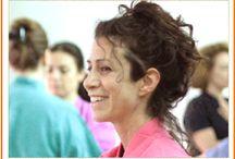 """#Yoga per tutti / Una #disciplina che si basa nella capacità di ogni persona di trovare il proprio #equilibrio fisico-mentale-emotivo, attraverso un percorso di consapevolezza centrato sul lavoro corporeo. I principali strumenti che vengono utilizzati sono """"l'ascolto"""" del #movimento e le dinamiche corporali e del #respiro."""