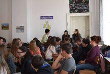 Caravana Tânărului Voluntar / nstruire interactivă cu scopul de a motiva tinerii din regiune să devină voluntari. Caravana Tânărului Voluntar În cadrul activității vor fi prezentate beneficiile voluntariatului și modalitățile de transpunere a competențelor în practică în cadrul ONG-urilor.