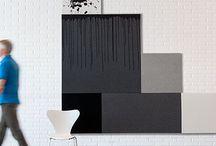 Akustik / Kurage Acoustic Design Solution omfatter vægpaneler, gulv- og bordskærme samt gardiner.