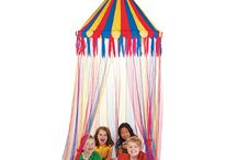 Carnival and Circus Parties / Roll up!  Roll up! The Carnival is in town! Come see the Circus and Clowns! Step right up for the most colourful Under The Big Top party theme in town!  Everyone enjoys going to a Carnival so have a Carnival, Big Top or Circus Party with our huge range of  Party Supplies.  You can have a circus or carnival party outdoors or indoors with our large selection of carnival theme party supplies!