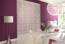 Papel Pintado Flower Poetry  / ¡Modernidad y diseños a menos de 28 EUROS! El más puro estilo floral y romántico llega de la mano del catálogo de papeles pintados para pared Flower Poetry. Papeles pintados para paredes vinílicos sobre no tejidos.