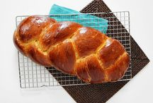 Party Recipes: Breads / Bread recipes to make your mornings and parties perfect.