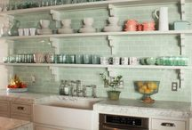 kitchen / country and provensal style in the kitchen furniture, colors, equipment