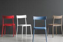 Linea Connubia by Calligaris / Tavoli e sedie d'eccellenza con un'ampia profondità di gamma. Design giovane, di tendenza, per arredare con gusto e ad un ottimo rapporto qualità/prezzo il tuo living.