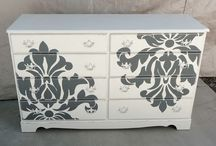 Indoor furniture / Chest of drawers