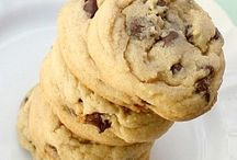 Chocolate Chip Cookies / by Katie Liebert