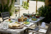 Culinair genieten / Houd jij er ook zo van om tijdens je vakantie uren aan tafel te zitten? Te genieten van gerechten die typisch zijn voor de streek waar je logeert? Loopt het water je al in de mond? Neem dan eens een kijkje bij mijn culinaire reizen!