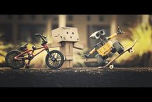 Danbo / Danbo is a cute little cardboard robot made by Amazon Japan. He gets up to a lot of mischief in his spare time.