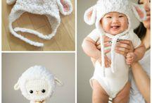 Lambs / Hats, booties