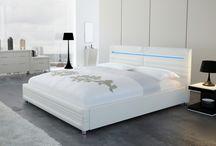 Son et Lumière / Découvrez notre sélection de meubles lumineux et sonores pour un intérieur design à la pointe de la technologie !