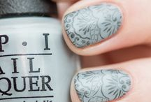 Grey n Silver Nails