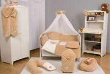 Otroška posteljnina SB Poceni / Otroška posteljnina iz bombaža je najboljša kakovost bombaža katera ne povzroča alergij,vnetij ali alergijske reakcije pri otroku. Na voljo različne velikosti z barvno usklajenimi dodatki in vzorci.