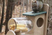 Krmítko pro veverky
