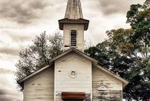 Old Barnes,  Churches and pictures I love. / by Shelly Almaguer Weaver