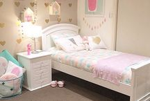 Girl room décor