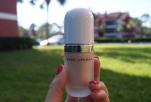 #CoconutGlow Marc Jacobs Beauty / Dew Drops Coconut Gel Highlighter @marcbeauty  ✨ I received this complementary from @influenster for test and review and I'm absolutely fascinated by the effect of these magic drops created by Marc Jacobs Beauty! The light texture of the product allows you to create natural look and also overlap layers for a heavier effect... The shine on the skin is amazing and super versatile! I am addicted to #CoconutGlow ✨ Thank you so much @marcjacobsbeauty for this incredible creation and @influenster team for sending me this gorgeous complementary gift to review, test and enjoy  #coconutglow #marcjacobs #influenster #beauty #highlighter #voxbox #contest #marcjacobsbeauty