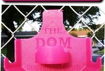 PINK DOM Dugout Organizer / The pink DOM it is a dugout organizer.