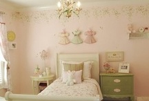 Ella's Toddler Bedroom