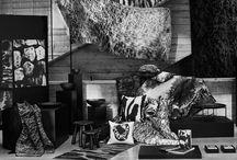 Лимитирана колекция SVÄRTAN / Открий една друга Индия, която се простира отвъд ярките цветове, с лимитираната колекция SVÄRTAN. Създадена в сътрудничество с шведския дизайнер Мартин Бергстрьом и студенти по мода в Индия, SVÄRTAN е изцяло в черно, бяло и сиво и се състои от спално бельо, текстилни и хартиени изделия, килими, чаши, съдове и метални предмети. http://goo.gl/GLjFa2