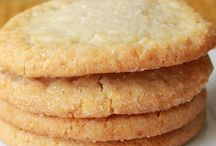 Simple Cookie Recipes / Looking for easy cookies recipes? This board features easy cookies recipes
