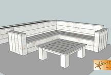Loungeset / ontwerp lounge hoekbank van nieuw steigerhout 260 x 260 cm. met salontafel en plantenbak. 2 kleppen voor berging kussens