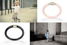 MUDRA / Mudra to kolekcje eleganckich bransoletek typu bangles, wykonanych z metalu z pozłacaną elegancką sprzączką. What's your mood? To hasło przewodnie projektantów, którzy zachęcają do wyrażania swojego nastroju za pomocą kolorów zakładanych bransoletek.   http://www.laneve.pl/mudra-b2