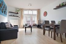 Huis te koop: Domstraat 7 Utrecht / Op een toplocatie en slechts 50 meter van de Dom is dit royale twee kamer appartement op de eerste verdieping gelegen. Dit kleinschalige monumentale complex (1924) ligt midden in het bruisende hart van Utrecht met alle benodigde voorzieningen op loopafstand. In tegenstelling tot veel andere twee kamer appartementen is dit appartement wél geschikt voor samen wonen. Op de begane grond bevindt zich de gezamelijke fietsenstalling en afzonderlijke (eigen) berging. VRAAGPRIJS € 178.000,- k.k.