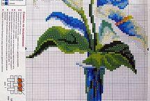 """вышивка крестом""""цветы в вазе"""""""