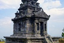 GEDONG SANGA TEMPLE / Gedong Sanga or Gedong Songo is located in Desa Candi, Bandungan Subdistrict, Semarang Regency or exactly at the slope of Mount Ungaran, at about 1.200 m above sea level. The closest route to the temple is Semarang - Bandungan.