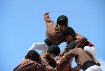 Fotografia Castellera / En aquest tauler trobareu fotos castelleres que faig a diferents Diades tot seguint a la meva Colla, els Moixiganguers d'Igualada. Si voleu, podeu veure més fotografies al meu instagram: https://instagram.com/paucorcelles/