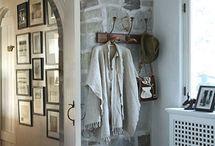Foyer/Front door / by Shelby Samperton