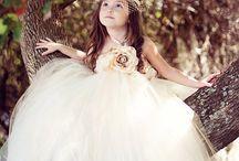 Cool Weddings / by Alexa Adams