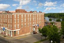 Historic Hotel - St. James Hotel / Whether you desire an expansive, private suite or a cozy, charming room with a river view, you're sure to find a favorite at the St. James. Each of the 62 rooms' thoughtful amenities and charming 19th century character are sure to please when you are looking to relax or finish the day's work.