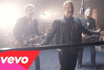 Rascal Flatts / I love this band because they sing the classic Life's A Highway.
