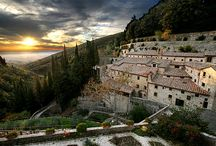 Cortona  / The beautiful town of Cortona is the setting for many of the marriage ceremonies of our RIW brides and grooms.