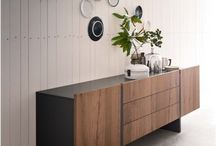 Furniture: Console Table