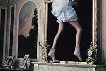 """Alice in Wonderland"" - VOGUE / Alice in Wonderland - Vogue 2003 - Grace Coddington - Annie Liebovitz"
