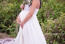 Maternity Photo Ideas / Baby Bumps, Maternity Photography, Maternity Ideas,