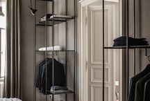Garderobe / styl -> Francuska Kamienica, elegancka w stronę hotelowa (luxury, glamour), a nie rustykalny / prowansalski. Przy tym przytulny i modern.
