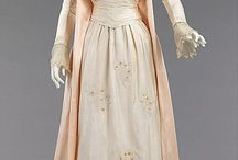 Historical gowns 1880's / Tea gown 1885